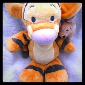Tigger and mouse plush animal toy NWT